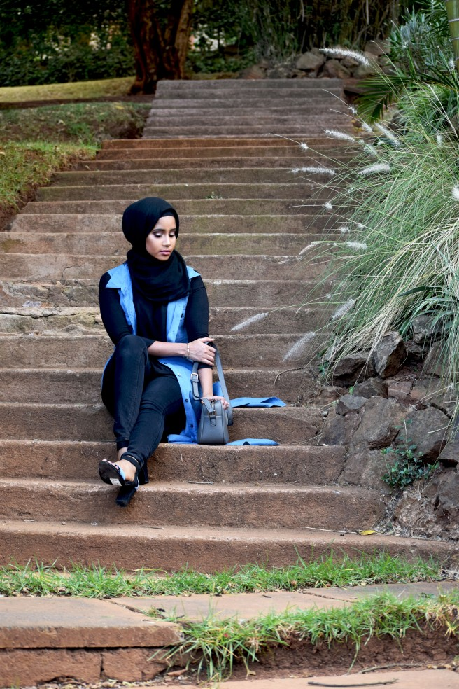 Long-Denim-Sleeveless-Coat-Kimono-Hijabi-4